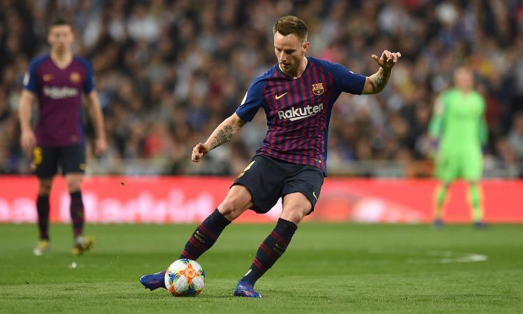 Il Barcellona pesca in Serie A per sostituire Rakitic