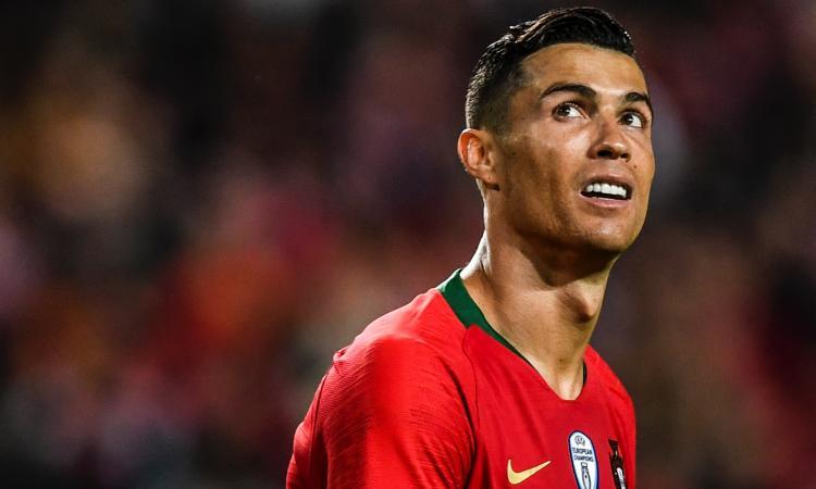 Portogallo, Ronaldo torna in panchina dopo l'infortunio