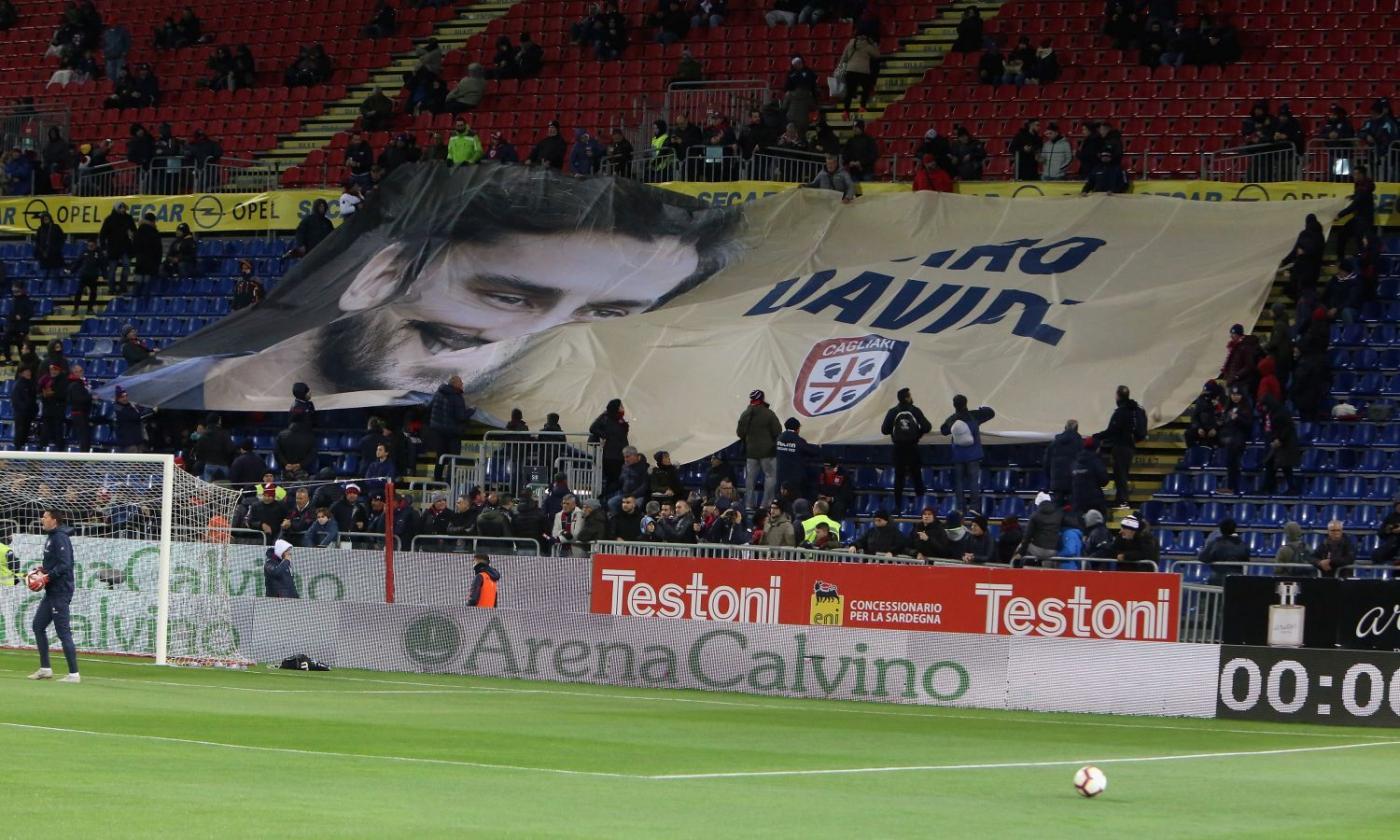 Cagliari Fiorentina Al Minuto 13 Applausi E Commozione Per Astori