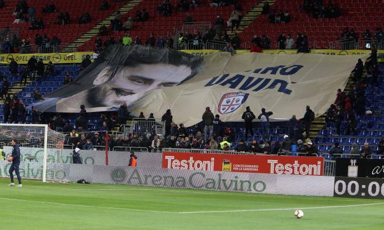 Cagliari, infarto per un tifoso. Gli ultrà della Fiorentina urlano 'Devi morire'