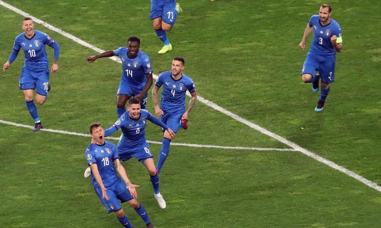 I giovani di Mancini funzionano: 2-0 alla Finlandia, buona la prima dell'Italia