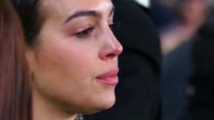 Juve, Georgina si emoziona per la tripletta di Ronaldo e scoppia in lacrime FOTO