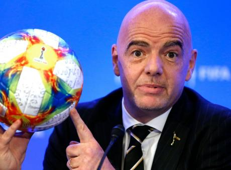 L'alleanza fra Europa e Sud America per arginare lo strapotere della FIFA e di Infantino