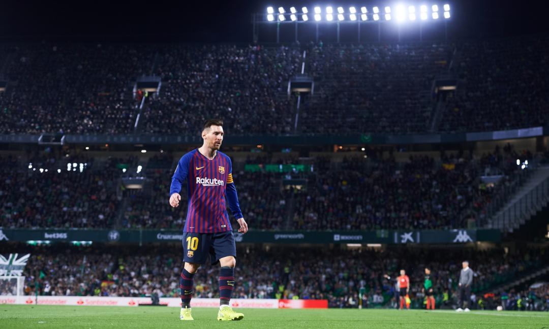 Questo è il calcio: Messi e l'ovazione dei tifosi del Betis