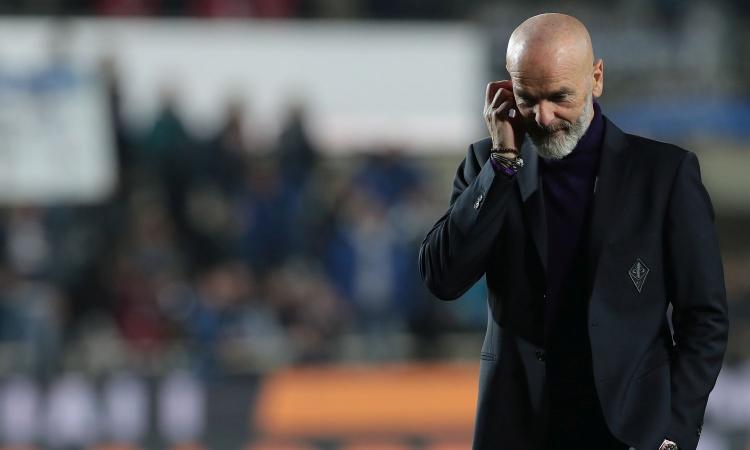 Volano gli stracci tra la Fiorentina e Pioli: 'Atteggiamento incomprensibile'