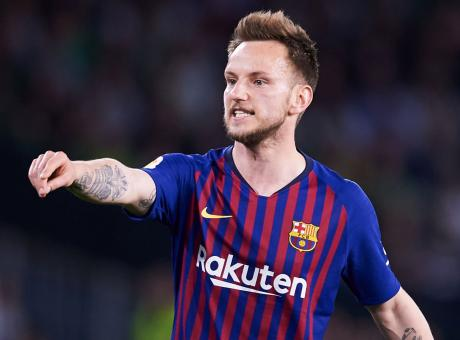 Barcellona, il Man United insiste per Rakitic