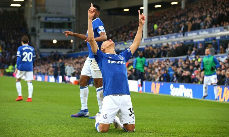 Premier: 2-1 al Fulham, Liverpool primo. Chelsea ko in casa dell'Everton