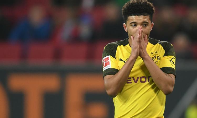 Dortmund, una big inglese insiste per Sancho