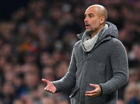 'Ma cosa ci fa Guardiola in Champions con un maglione da raccoglitore di funghi?'