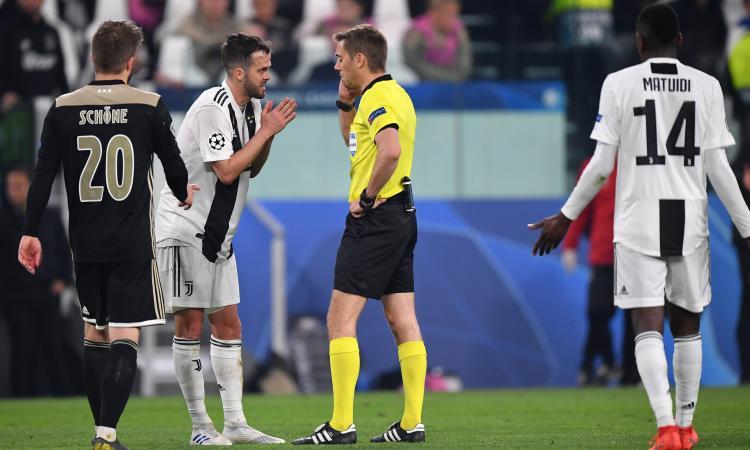 Droga, kalashnikov e lanciarazzi: Turpin, l'arbitro di Juve-Ajax narcotrafficante... per sbaglio!
