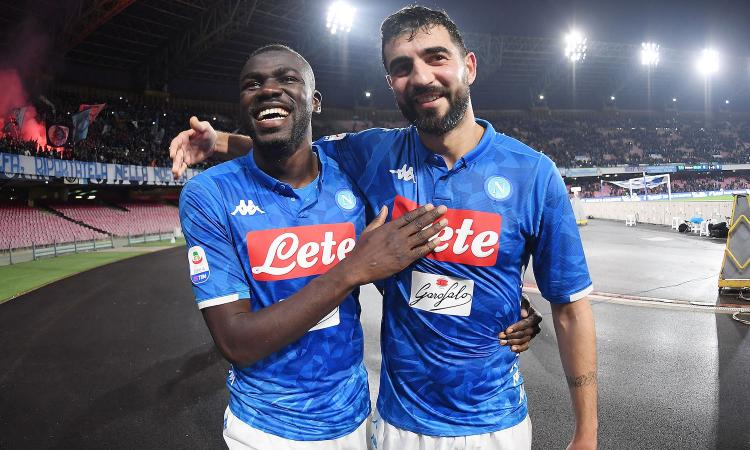 Napoli, Albiol pronto per il Frosinone: ancora out Maksimovic