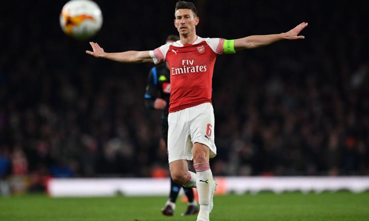 Arsenal-Koscielny: volano gli stracci