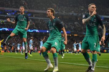 llorente, tottenham, esulta, gol, city, 2018/19