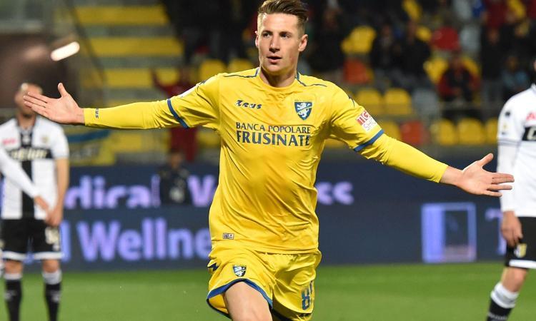 Inter, il Genoa vuole Pinamonti a titolo definitivo