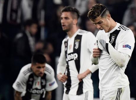 Juve-Ajax, clamoroso Ronaldo alla panchina: 'Troppa paura' VIDEO