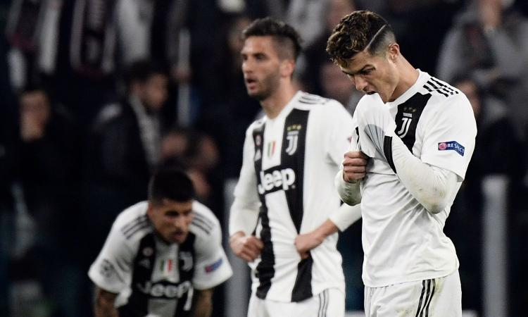 Juve-Ajax, clamoroso Ronaldo alla panchina: 'Troppa paura' VIDEO