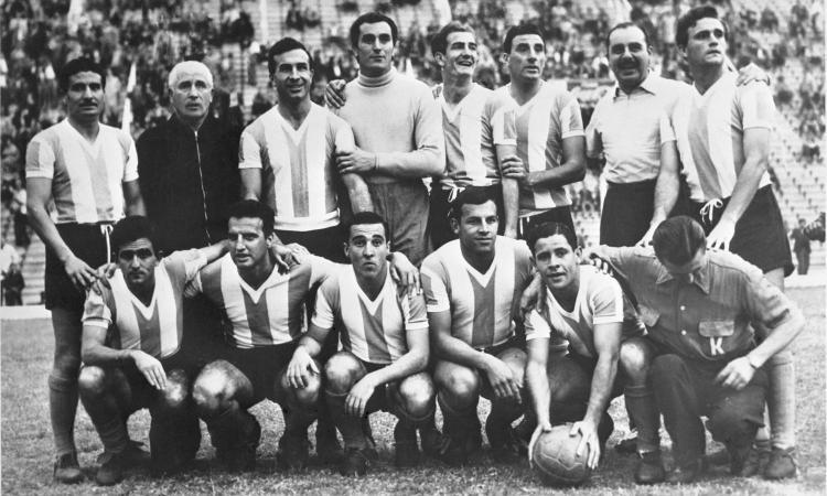 Corbatta, il 'Garrincha argentino': 'Nessuno mi porta via il pallone perché lo amo'