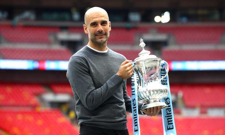 Man City forza 6, ma il Watford com'è arrivato in finale? Guardiola col 'triplete inglese' stacca Mourinho