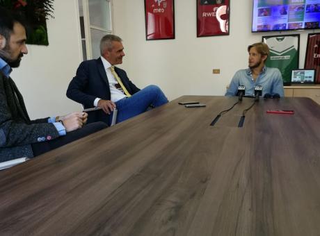 Ambrosini in redazione/1: 'Giocare in casa è un aiuto, l'Italia vuole le Olimpiadi. Su Di Biagio e Tonali...'