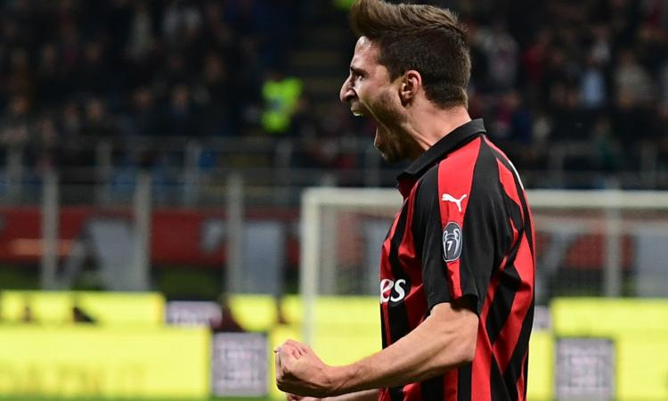 Fiorentina-Milan, formazioni ufficiali: out Simeone, c'è Borini