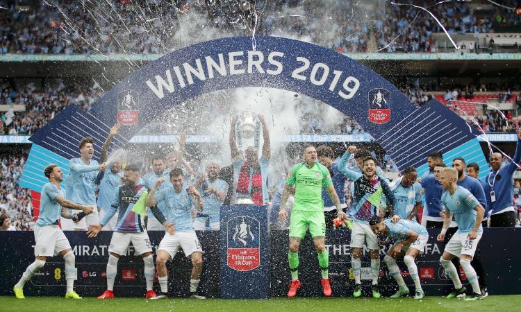 Il City annienta 6-0 il Watford e conquista la FA Cup: Guardiola nella storia, vinto il 'triplete inglese'
