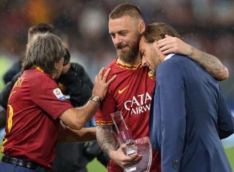 Roma, De Rossi lascia tra le lacrime scaricato da una società senza anima