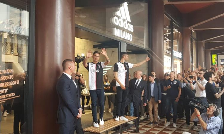 Dybala: 'Voglio continuare alla Juve, ho già parlato con Paratici. Su Allegri, il nuovo allenatore e l'Inter...'