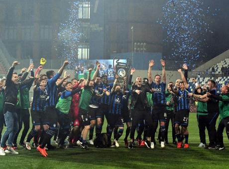Berardi fa e disfa il Sassuolo in un tempo. Atalanta in Champions, è tutto meritato