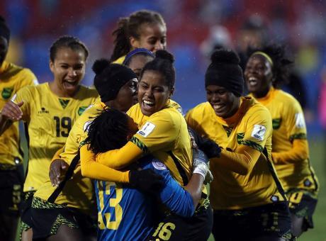 Giamaica al Mondiale, le Reggae Girlz salvate dalla figlia di Bob Marley. 'Il calcio è libertà', ora sfida all'Italia