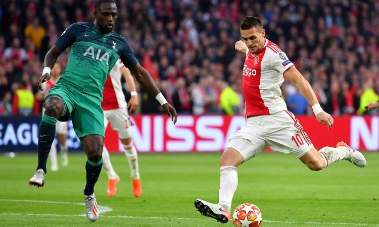 Ajax-Young Boys, le formazioni ufficiali: Tadic-Neres contro Sulejmani