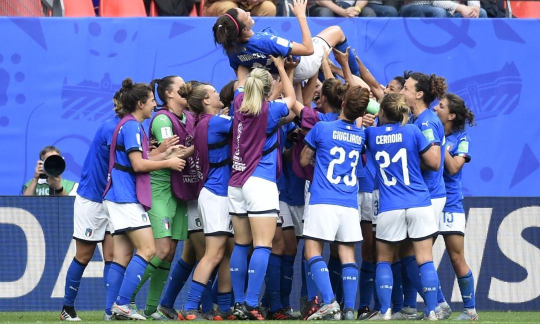 """La """"rivoluzione"""" del calcio femminile"""