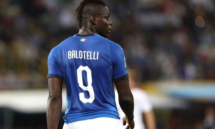 Balotelli ripensa all'Italia: meno soldi del Flamengo per tornare in Nazionale