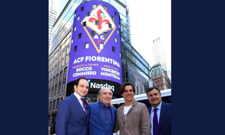 Fiorentina, Times Square si illumina di viola per Montella e Commisso FOTO