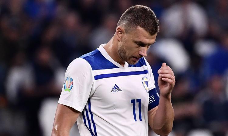 Inter, congelato l'arrivo di Dzeko: la situazione