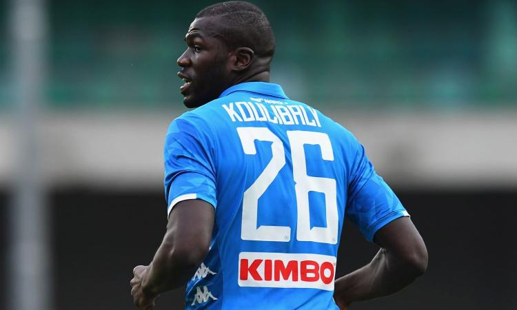 Napoli, il giallo della clausola di Koulibaly con l'ombra della Juventus