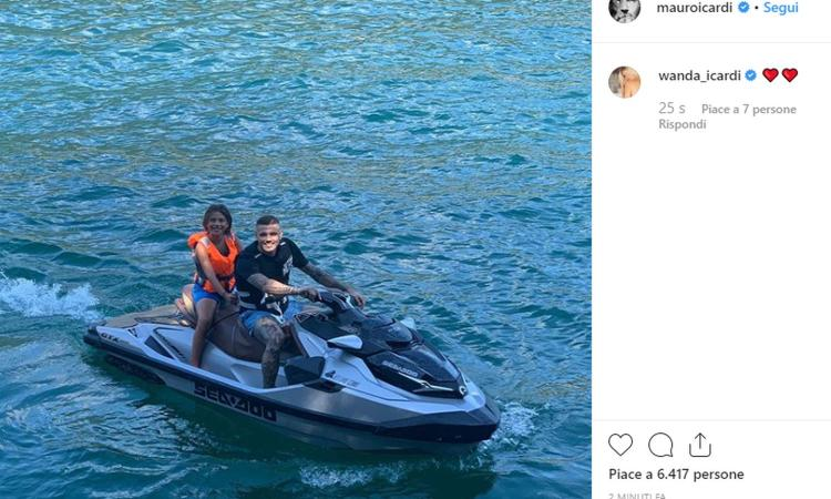 L'Inter vola in Asia, Icardi si diverte in moto d'acqua FOTO