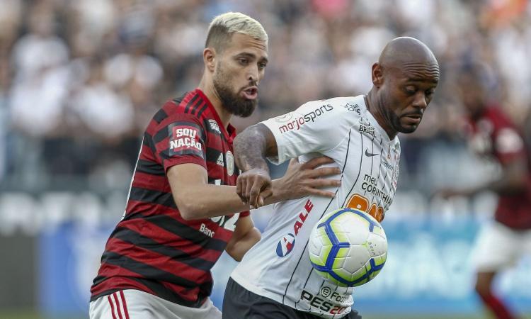 Milan, nuova idea per la difesa: trattativa in corso per Duarte del Flamengo