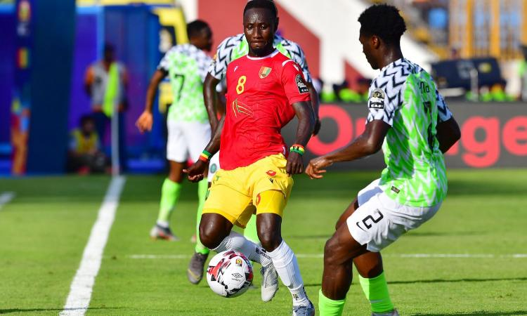 Coppa d'Africa, i tifosi della Guinea assediano la casa di Keita: è vittima di stregoneria?