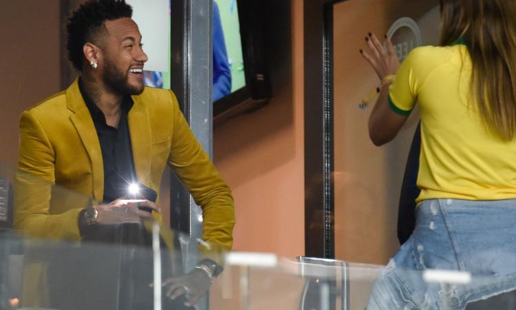 Coutinho dice sì al PSG, Neymar vicino al Barcellona. E Rakitic vola a Parigi