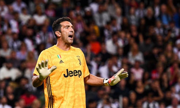 Juve, Buffon torna tra i pali all'Allianz Stadium VIDEO