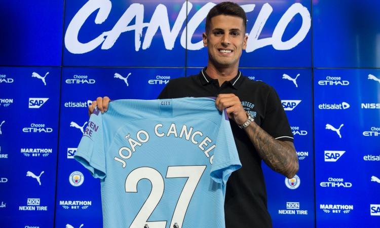 Manchester City, Guardiola: 'Cancelo? Alla Juve c'è la mentalità vincente'