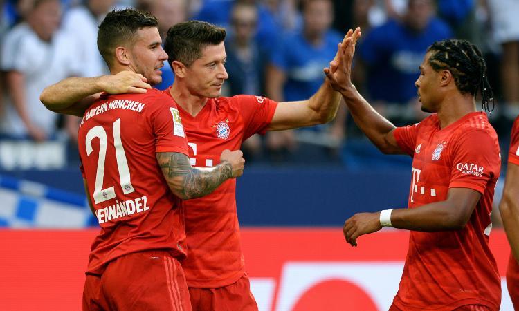 Bundesliga: ok Leverkusen e Hoffenheim. Lewandowski da urlo, il Bayern vince 3-0
