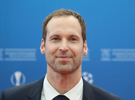 Ex Chelsea, nuova vita per Cech: è ufficialmente un giocatore di hockey!