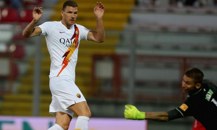 Clamoroso Napoli: De Laurentiis sfida l'Inter per Dzeko