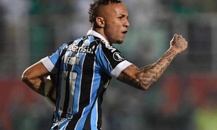 Napoli, trattativa aperta con Everton: bisogna convincere il Gremio
