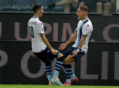 Serie A: 3-0 Lazio alla Sampdoria, l'Atalanta vince in rimonta, solo pari per il Bologna di Mihajlovic
