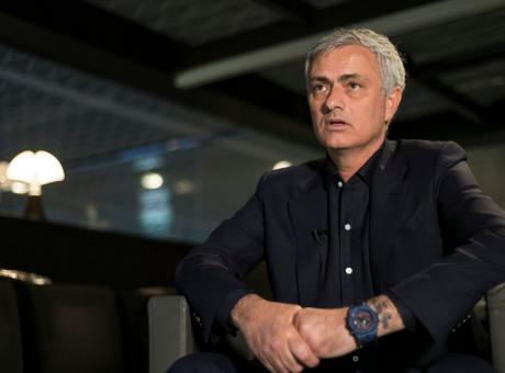 Mourinho non ha dubbi: 'Messi e CR7? Ho visto un calciatore più forte di loro'