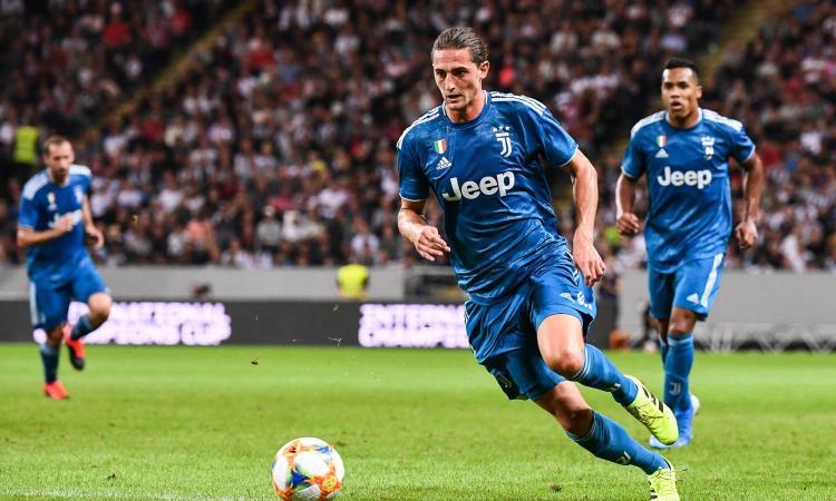 Una Juve 'a zero' contro la Fiorentina: prime volte per Ramsey e Rabiot