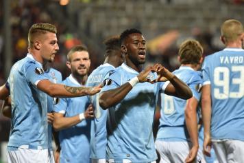 Bastos cuore esultanza Lazio