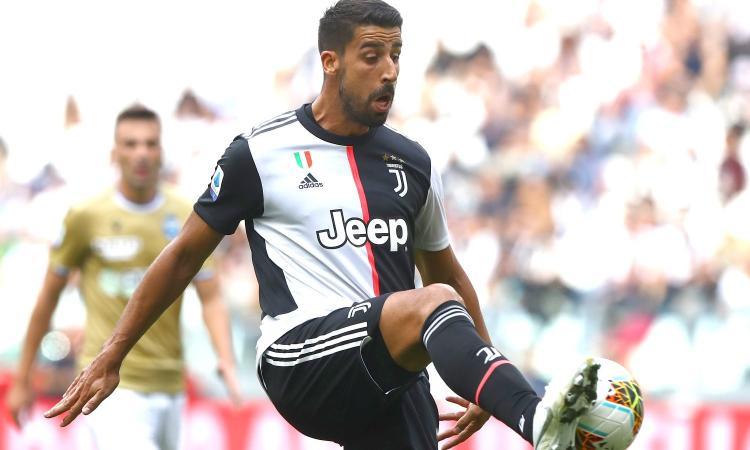 La Juve spinge per la risoluzione del contratto, ma Khedira rilancia: 'Voglio tornare sano per vincere insieme'